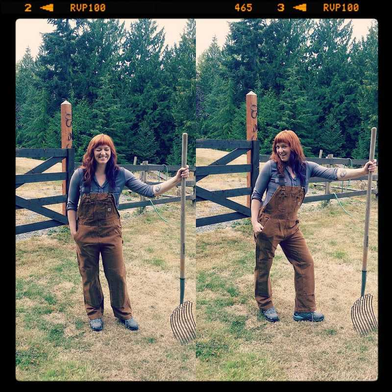 Yes, I do own a pair of overalls for doing yard work...